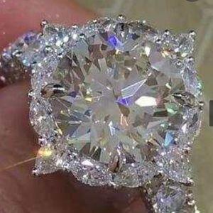 Luxury Flower 3ct AAA CZ Zircon Ring 925